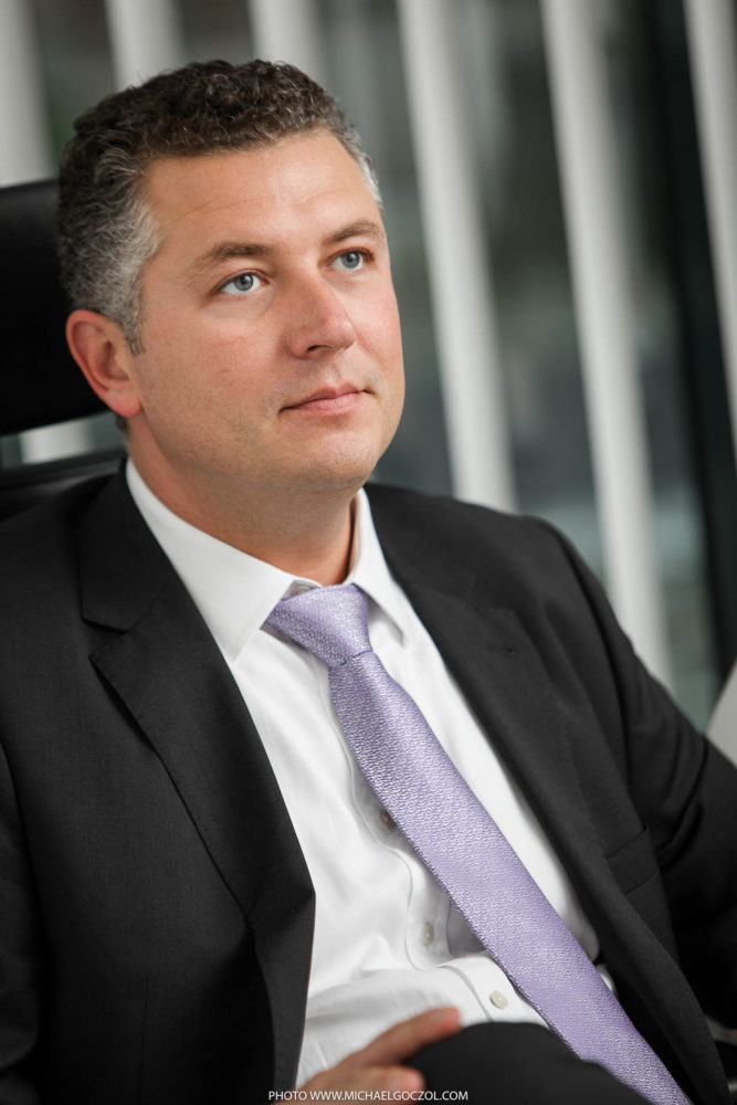 Businessportrait-Businessfotografie-Businessaufnahme-Businessfoto-Portrait-Headshot-Businessfotograf-Frankfurt-50