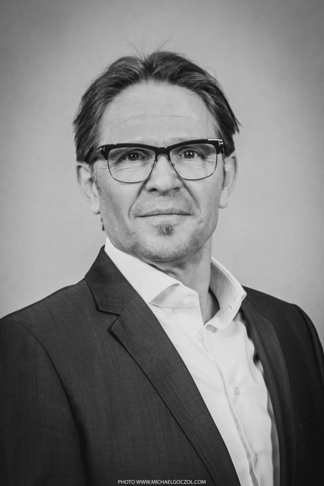 Businessportrait-Businessfotografie-Businessaufnahme-Businessfoto-Portrait-Headshot-Businessfotograf-Frankfurt-66