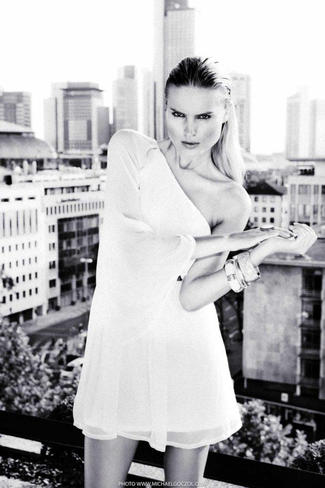Modefotografie-Modefotograf-Lifestyleshooting-Lifestylefotografie-Lifestyle-Fashionfotografie-Fashionfotograf-Mode-Magazin-Fotografie-Businessfotografie-035