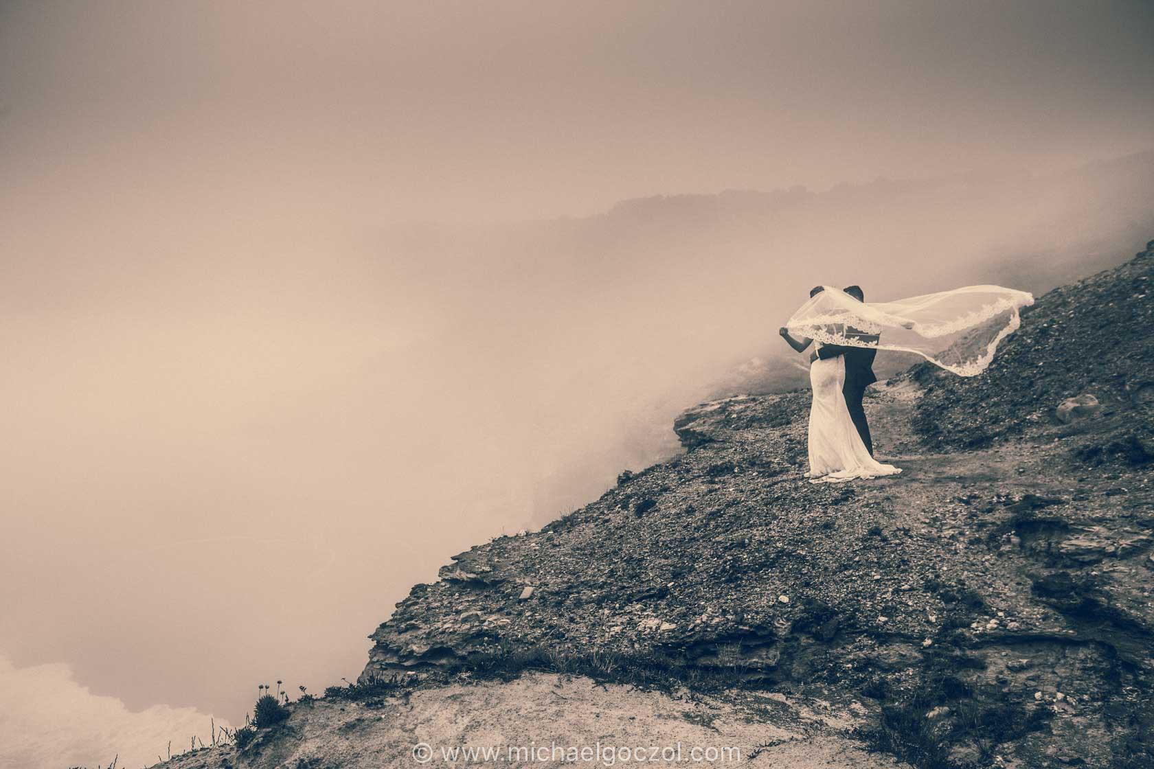 Strandhochzeit-hochzeit-am-meer-hochzeitsfotografie-frankfurt-hochzeitsfotograf-portugal-strandlocation-nazare-trauung-am-strand-hochzeitsfotos-hochzeitsbilder-weddingphotographer-casadapraia-00025